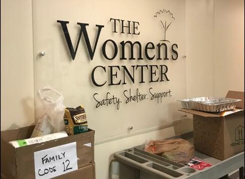 Womens_center_volunteer.png