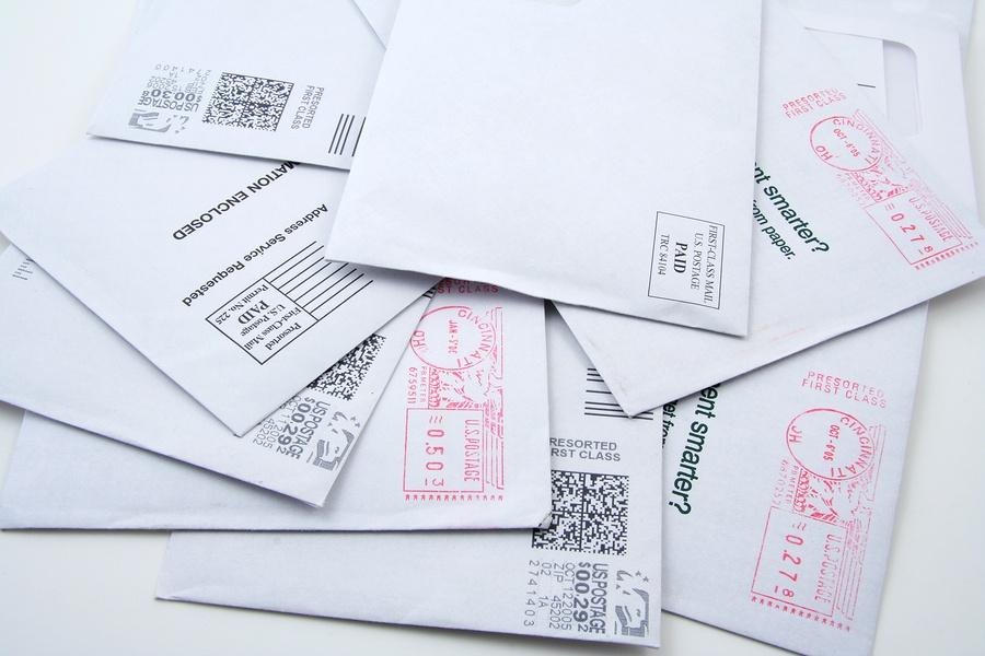 bigstock-US-Mail-Evelopes-570894.jpg
